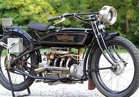 1917 Henderson –čtyřválec, se kterým se psaly dějiny