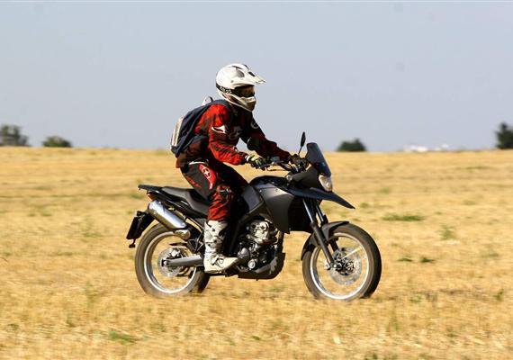 Španělský cestovatel Derbi Terra 125