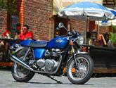Thruxton má vše, co má mít klasický motocykl