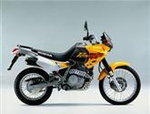 NX650 Dominator je nadčasový motocykl staré apoctivé koncepce
