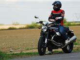 Moto Guzzi Griso 8V -neduhy byly odstraněny, charakter zůstal