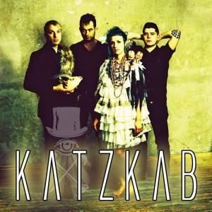 Do Prahy se již brzy vydá deathrockový kabaret KatzKab