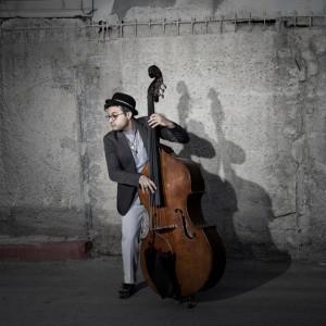 Do České republiky se na dva koncerty vrací Adam Ben Ezra