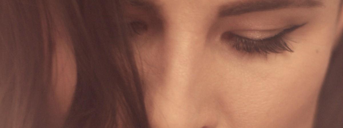 Spolupráce Electric Lady s Ivanem Kralem a Borisem Carloffem přinesla nový song i klip