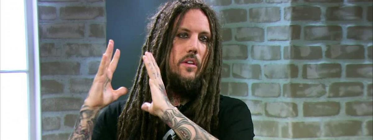 Head z Korn promluvil o křesťanských haterech