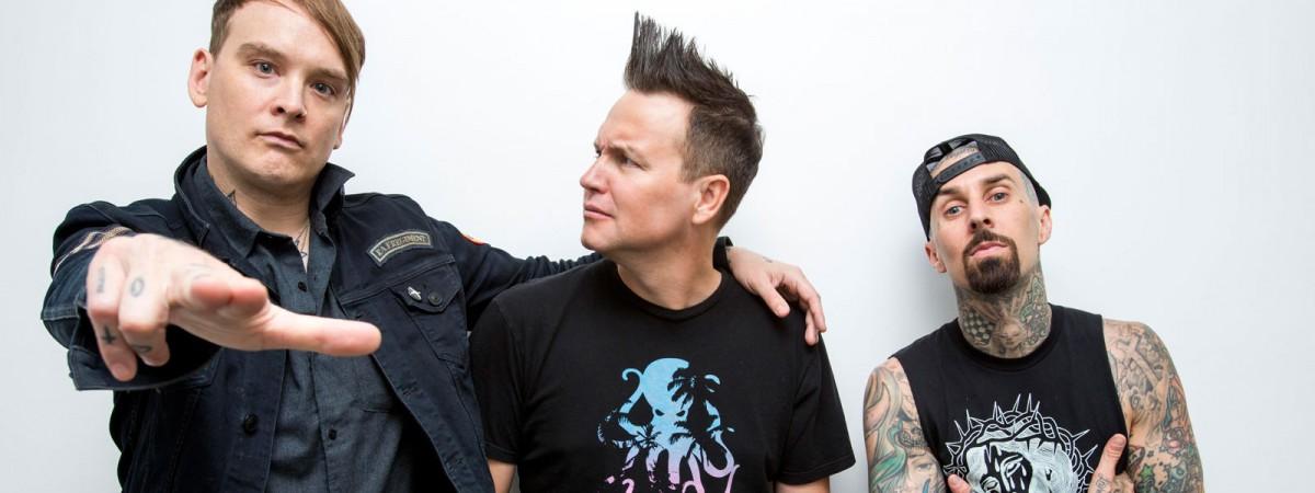 Blink-182 zveřejnili novou skladbu a vydají rozšířenou verzi své loňské desky