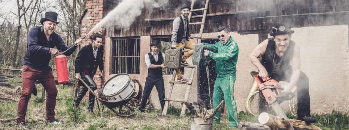Za frakci nadějné české kapely Circus Problem může ego i peníze. Její pokračování hledejte pod jménem Circus Brothers