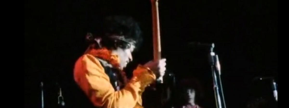 Hendrixova kytara putuje na dražbu