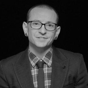 Frontman Linkin Park Chester Bennington spáchal sebevraždu