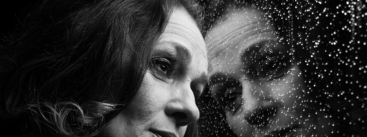 Videoochutnávka ze sólové desky zpěvačky skupiny Sto zvířat Jany Jelínkové