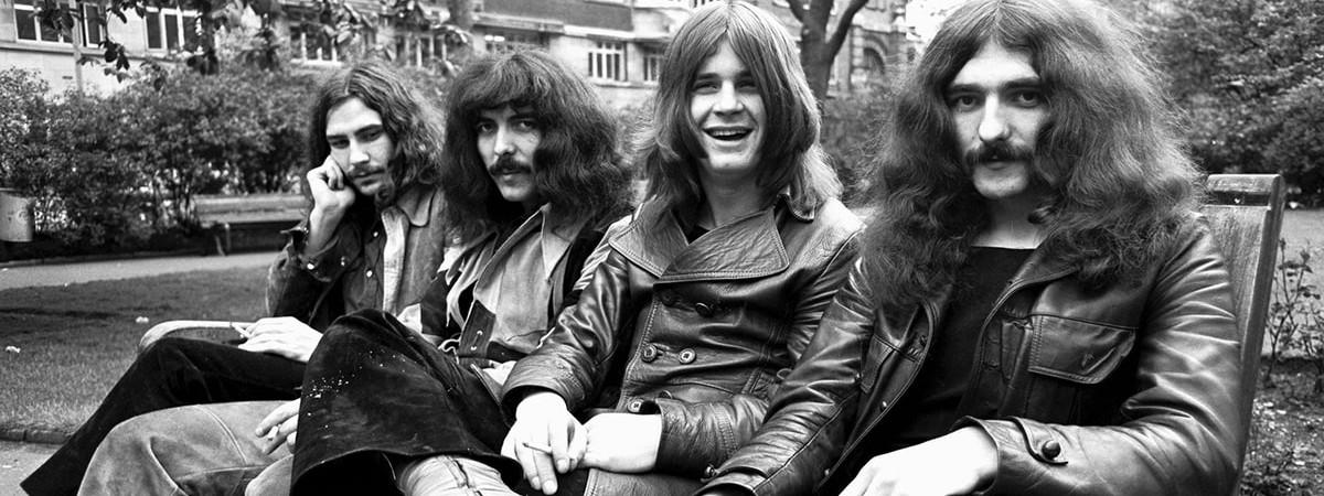 Black Sabbath pošlou fanouškům poslední heavymetalový polibek ve filmové jízdě ve čtvrtek 28. září