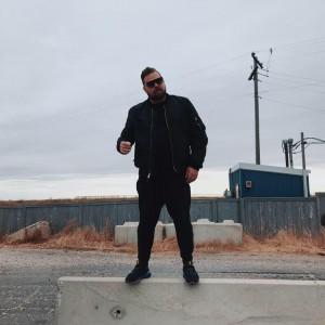 Com Truise se objeví po dvou letech v Praze
