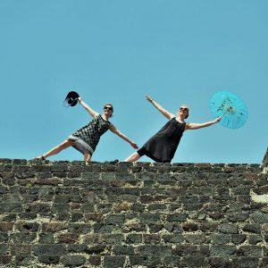 Violoncellové duo Tara Fuki se vrátilo z cest po Mexiku na domácí pódia