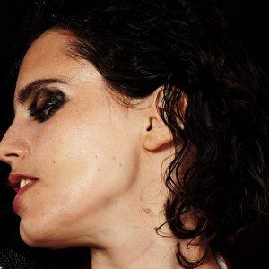 Anna Calvi v Lucerna Music Baru přednese svůj hudební manifest s názvem Hunter