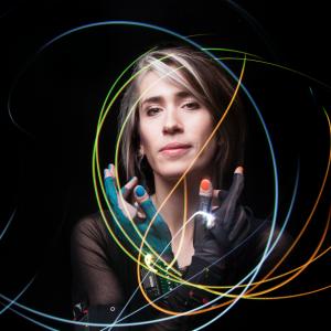 Imogen Heap v Praze představí projekt využívající blockchain technologie