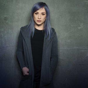 Jen Ledger ze Skillet se vypsala z úzkosti a strachu v singlu Not Dead Yet