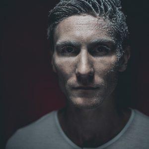 Marek Stojánek alias MAREXT přichází s prvním videoklipem