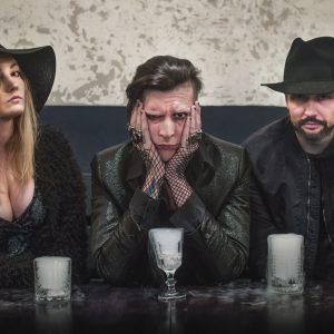 Smrtislav pokračuje vpovedené akustické verzi a vyráží na turné