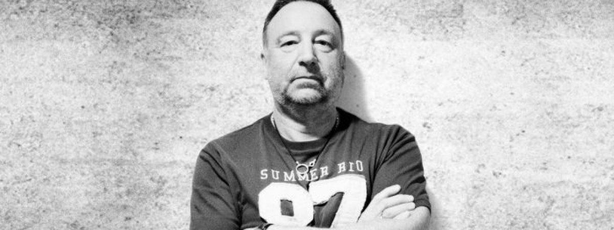 Peter Hook znovu vzkřísí ducha Joy Division a New Order