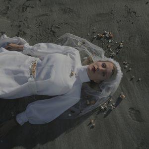 Kapela Trojky zhmotnila Nekonečno ve filmovém videoklipu
