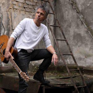 Janek Ledecký vyjede na své první akustické turné