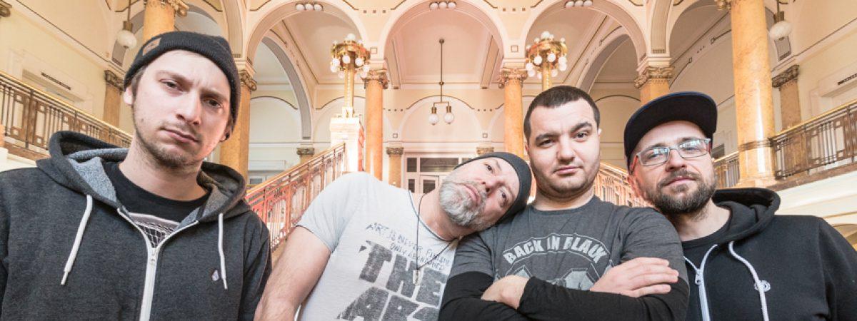 Dreddy Seppsama míří se svou muzikou bez kompromisů do Rock Café
