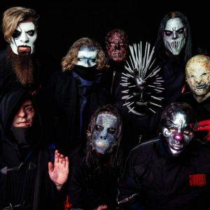 """Slipknot vypustili už třetí singl z desky""""We Are Not Your Kind"""". Její vydání je na spadnutí"""