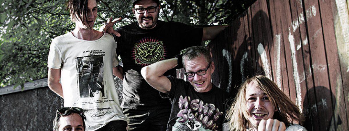 V září vyšla nová deska ústecké kapely Houba