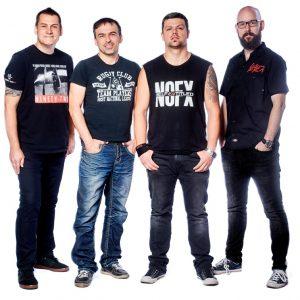 Na společné Kluboffky Tour vyražejí kapely Totální nasazení a Vision Days