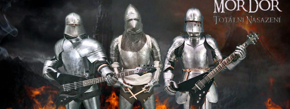Totální nasazení jde do metalového Mordoru v plné zbroji