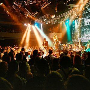 Original Vintage Orchestra v září rozvíří v Lucerně velkolepou show; kapela věnuje 300 vstupenek