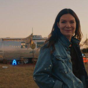 Anna K. představuje nový videoklip k písni Na malou chvíli a chystá podzimní akustické koncerty