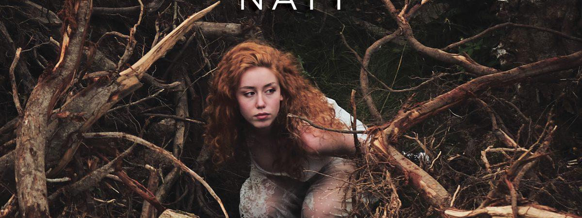 Zpěvačka Naty vydala novou píseň a klip. Nehledej Růženku má ovšem pohádkový jen název