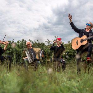 Skupina ČECHOMOR vydává novinkové album Radosti života