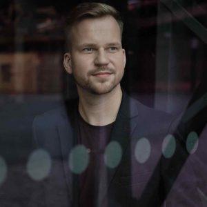 Martin Chodúr vydává nový videoklip k singlu Amor z alba Tisíc a jedna noc
