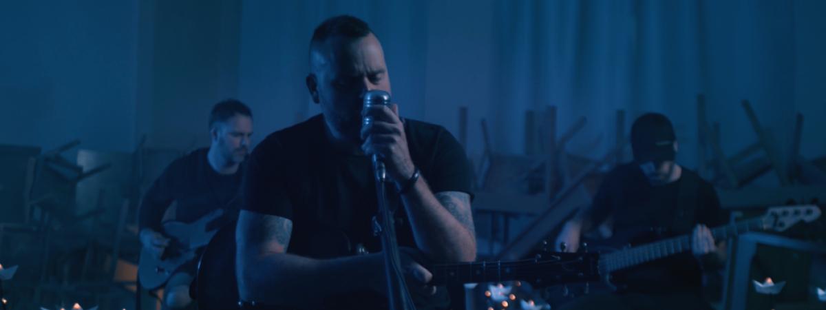 BKKNY představují nový singl OCEANS, svojí variaci na MTV Unplugged