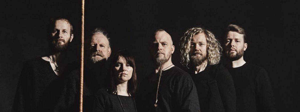 Norská kapela Wardruna vydává nové album nazvané Kvitravn