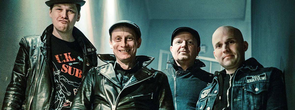 The Fialky se hlásí s klipem POGO a vinylem Šance!