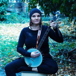 Radůza odehraje online koncert ze své pracovny