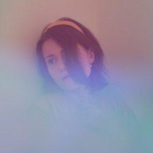 Zpěvačka Anna Vaverková představuje dvojitý singl v češtině