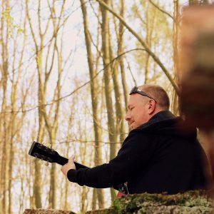 Majkii B představuje videoklip k písni Nehlídám