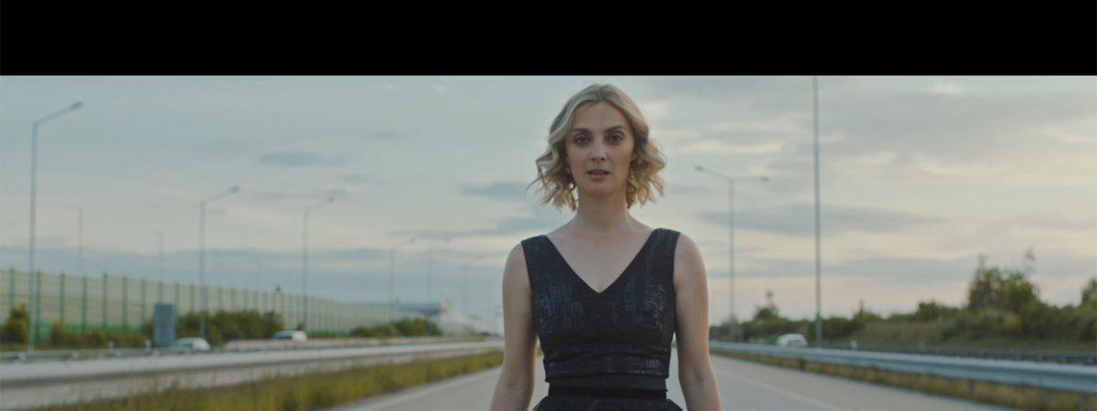 BARBORA POLÁKOVÁ natočila titulní píseň k filmu 13 MINUT