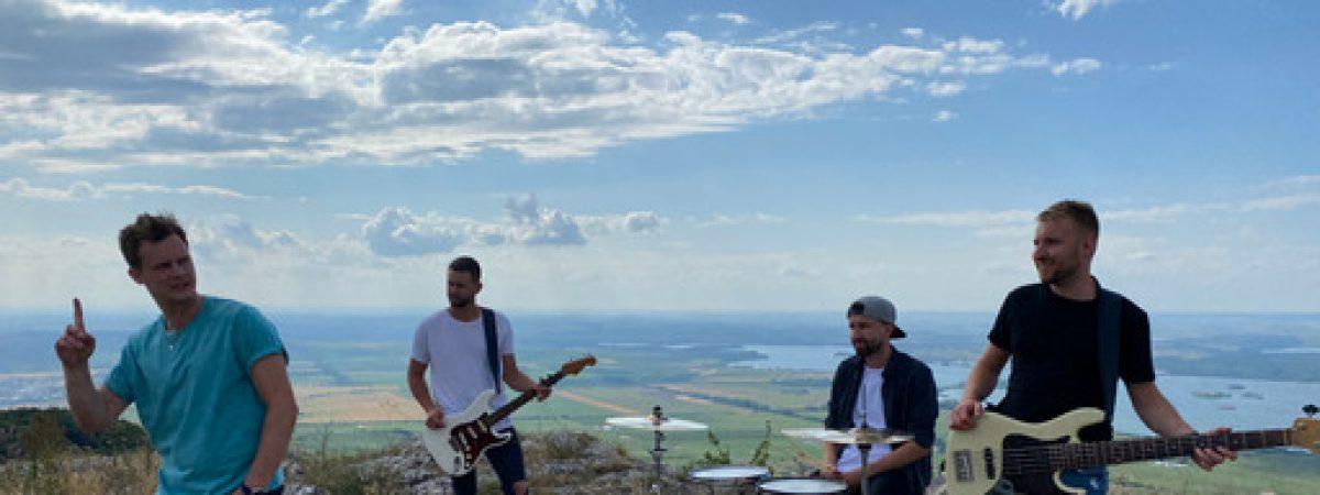 Like-it představují další singl z nové desky