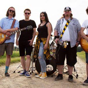 Kapela Utíkej! vydává nový singl a videoklip o svobodě a štěstí, co čeká na cestě